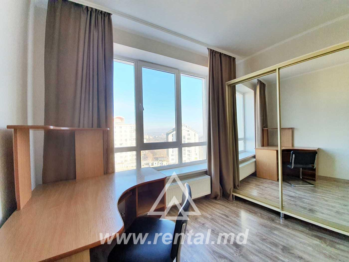 4-rooms apartment in Chisinau in a new building