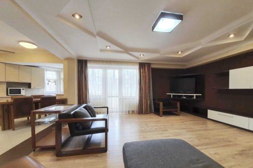 Big apartment for rent in Chisinau downtown