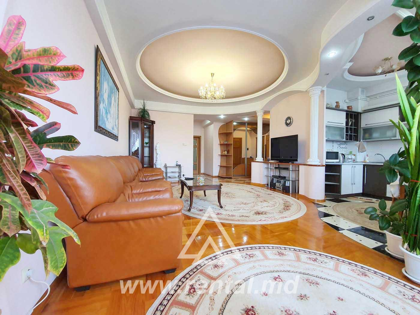 Apartment with terrace for rent in Cascada Verde