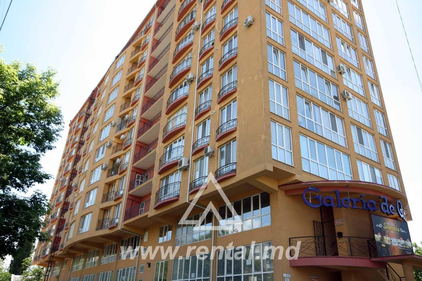 3 rooms apartment for long term rent on Ismail Street