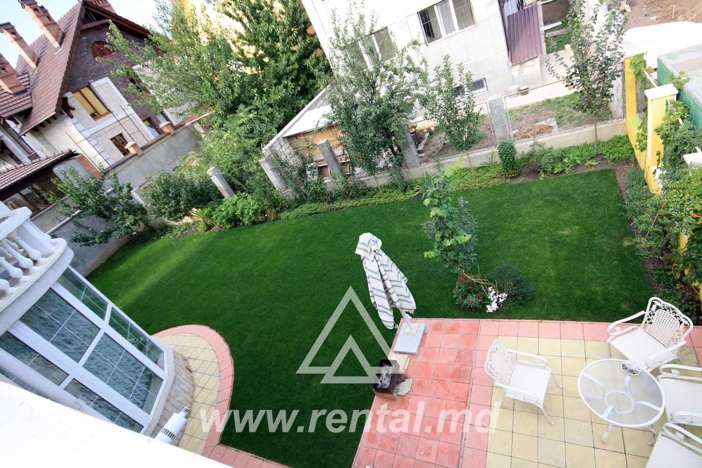 Spacious house for rent in Telecenter Chisinau