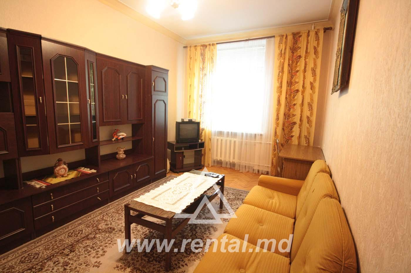 Cheap apartment for rent on Stefan cel Mare Boulevard