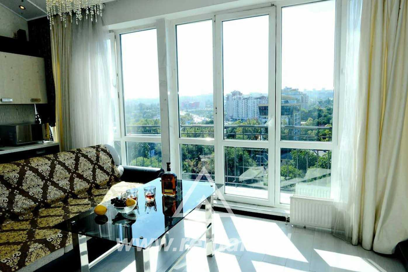 Modern apartment for sort term rent only