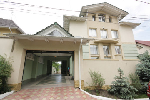 Duplex for rent in Chisinau