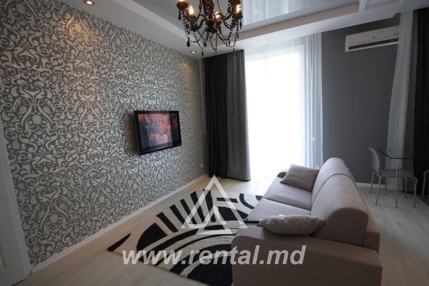 Modern apartment for rent on Stefan cel Mare Boulevard