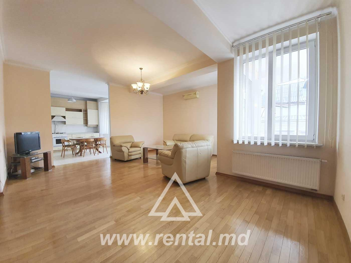 Rental apartment in a new block of flats near Central Park