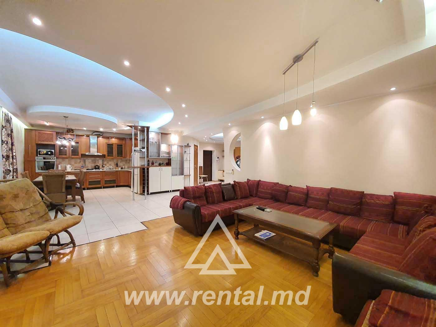 Flat for long term rent in the city center