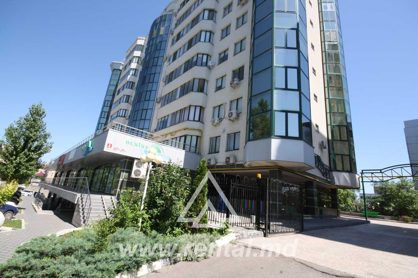 2 rooms apartment for rent in downtown Chisinau