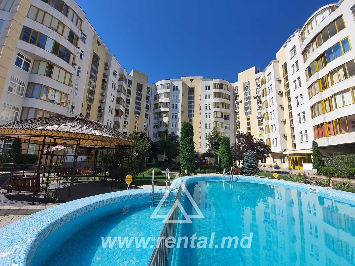 2 rooms apartment for long term rent in Lara City