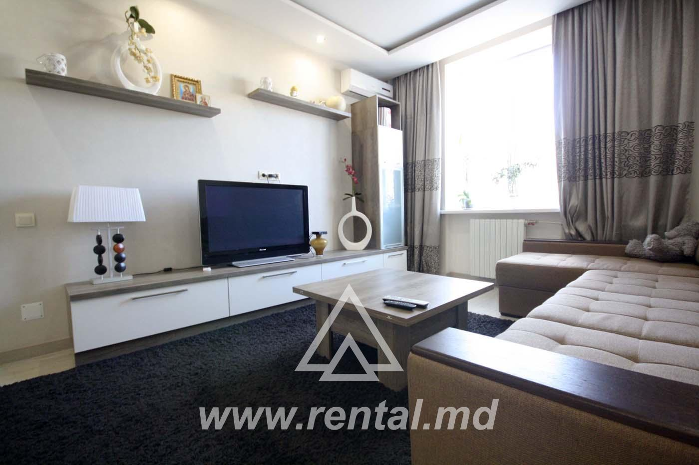 3 Rooms apartment for rent on Armeneasca Street