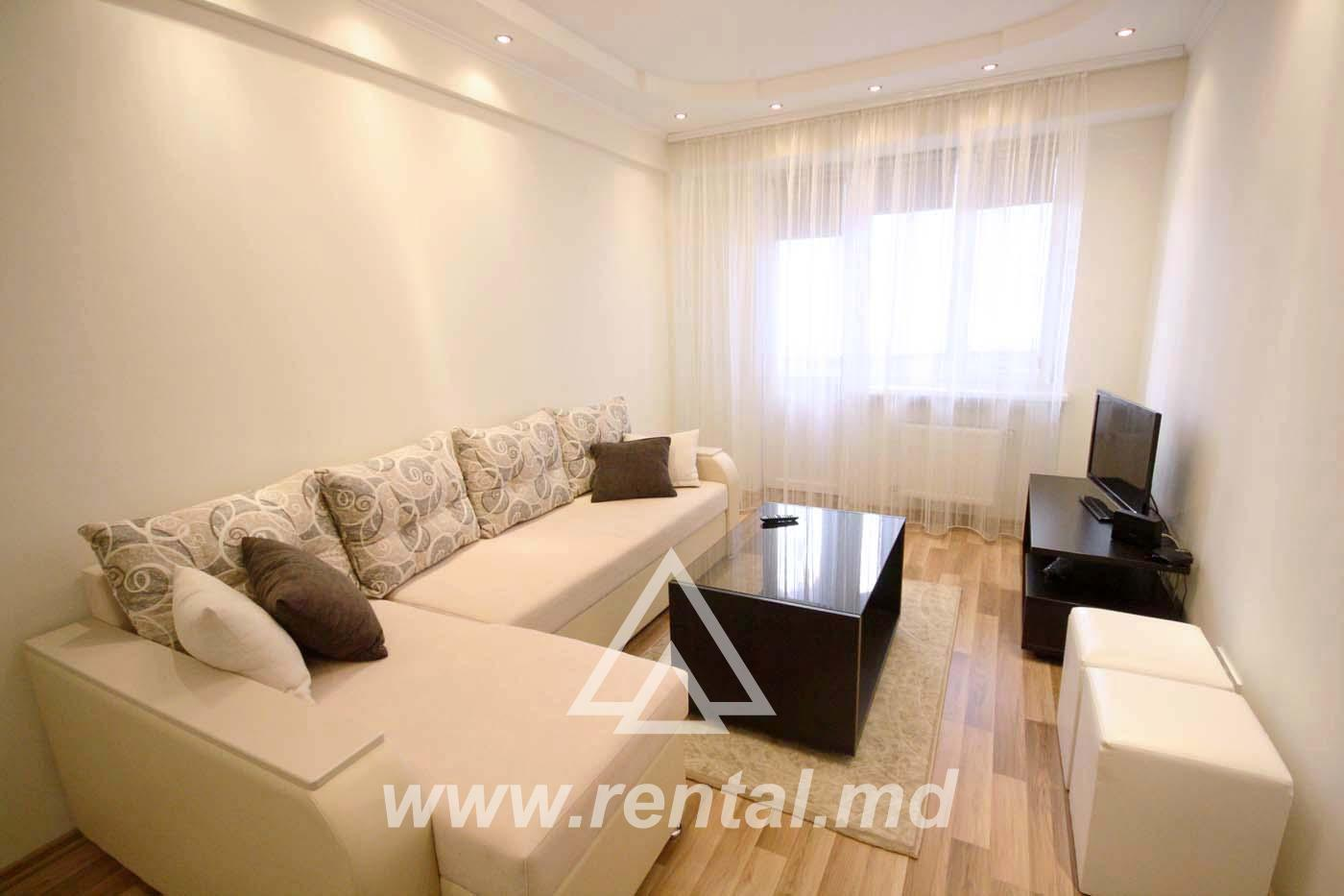 2 rooms apartment in a new block of flats in the center