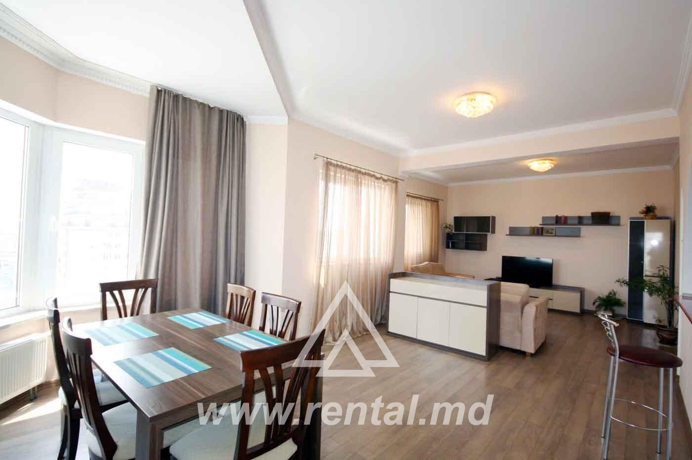 Chisinau Penthouse in Crown Plaza with 2 terraces