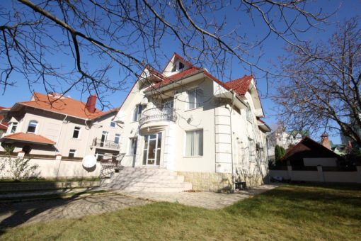 Chisinau Residential house for long term rent