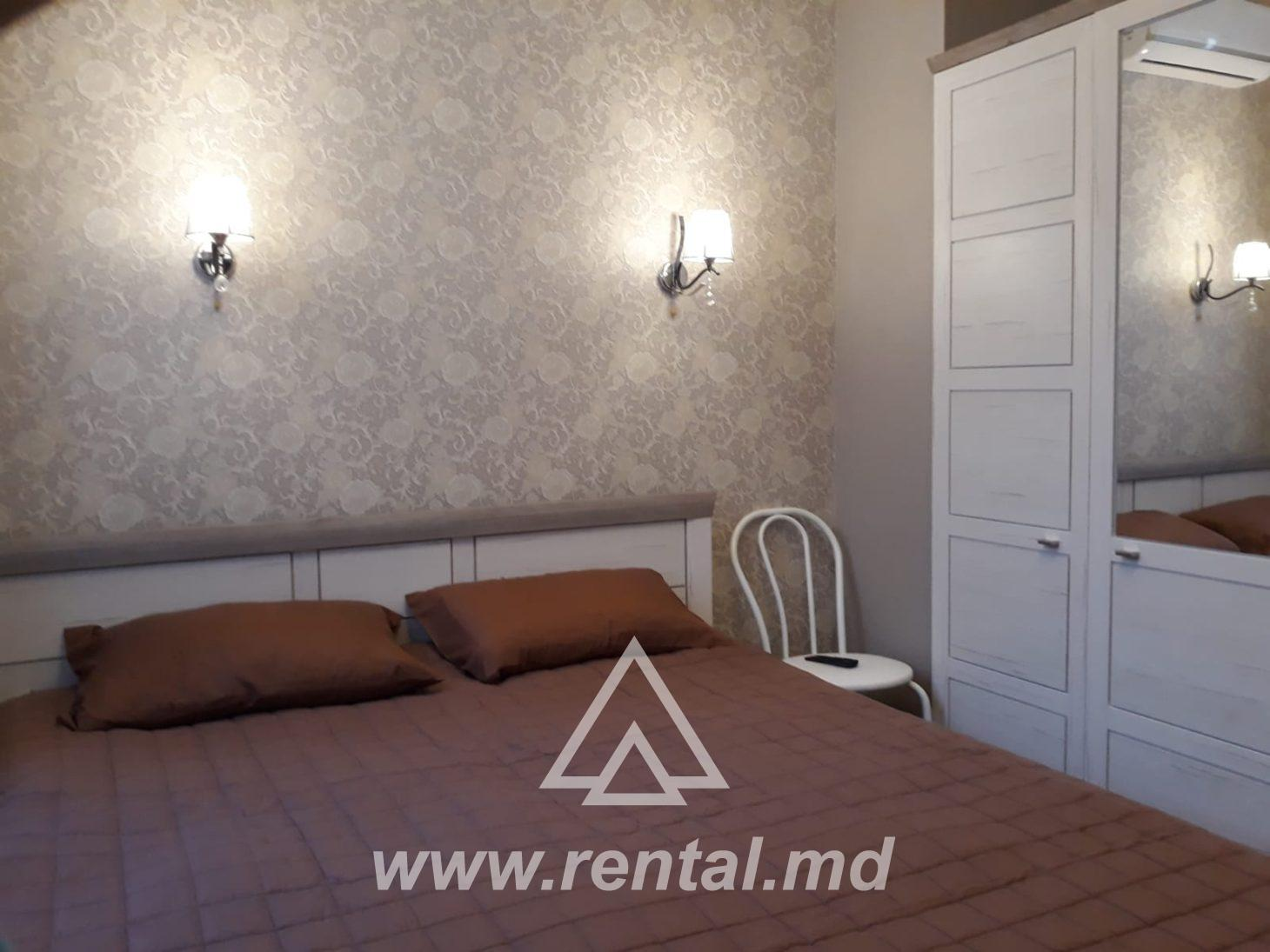 For rent 2 rooms apartment in the Center