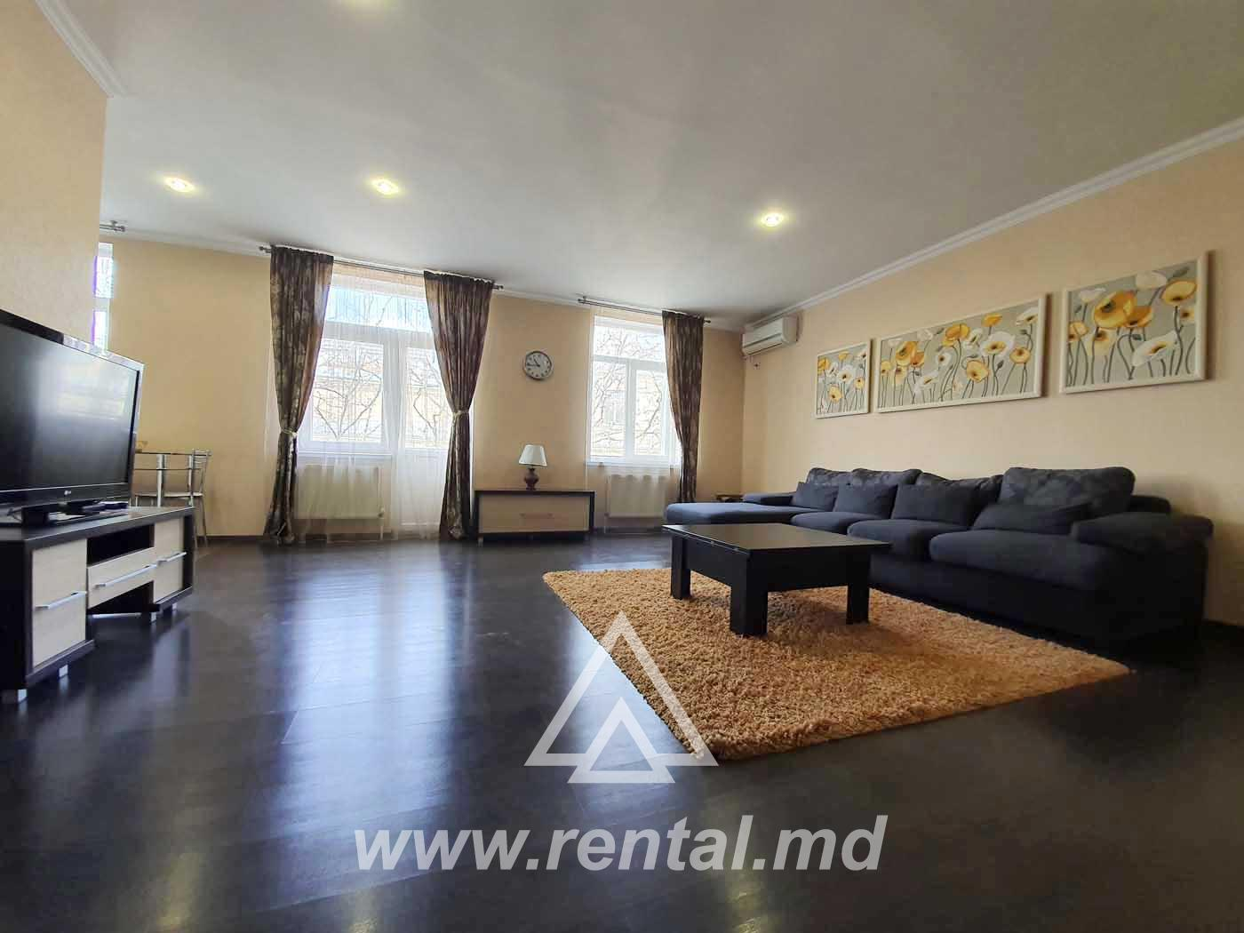 Long term rent apartment in Chisinau downtown