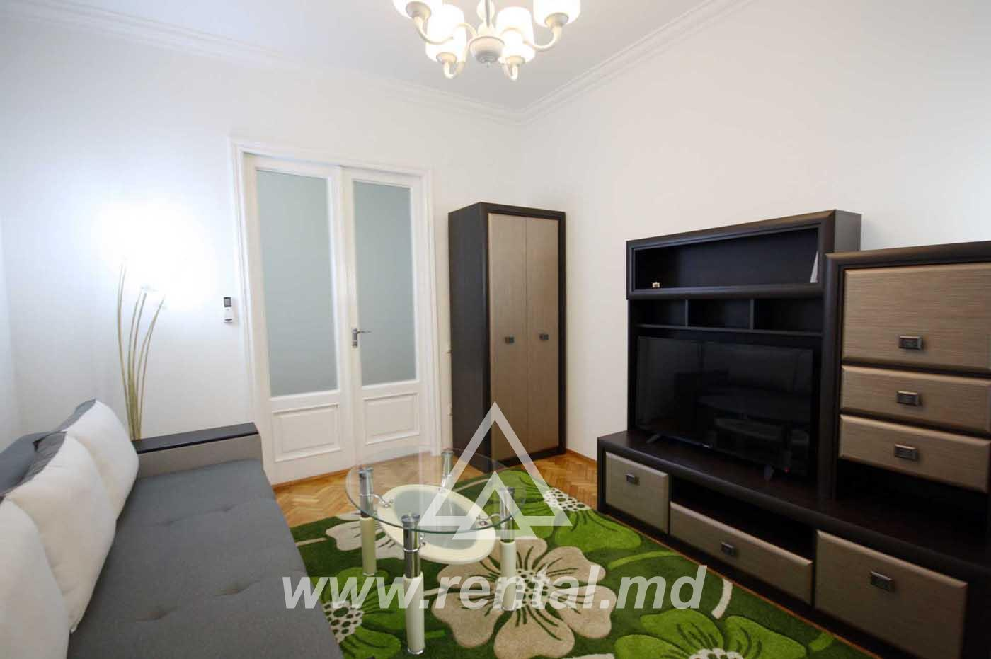 2 rooms apartment for rent in Chisinau