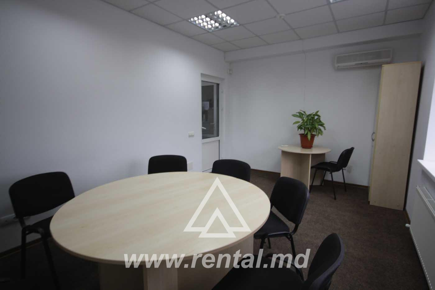 Office for rent in Chisinau, Center