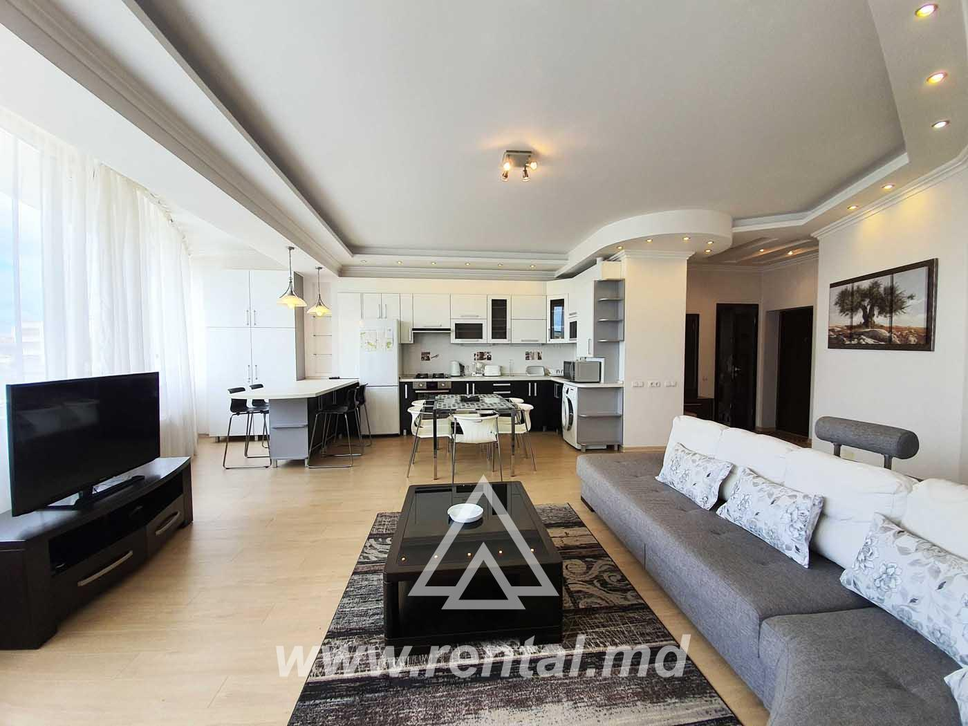 Central apartment with sauna for rent in Chisinau