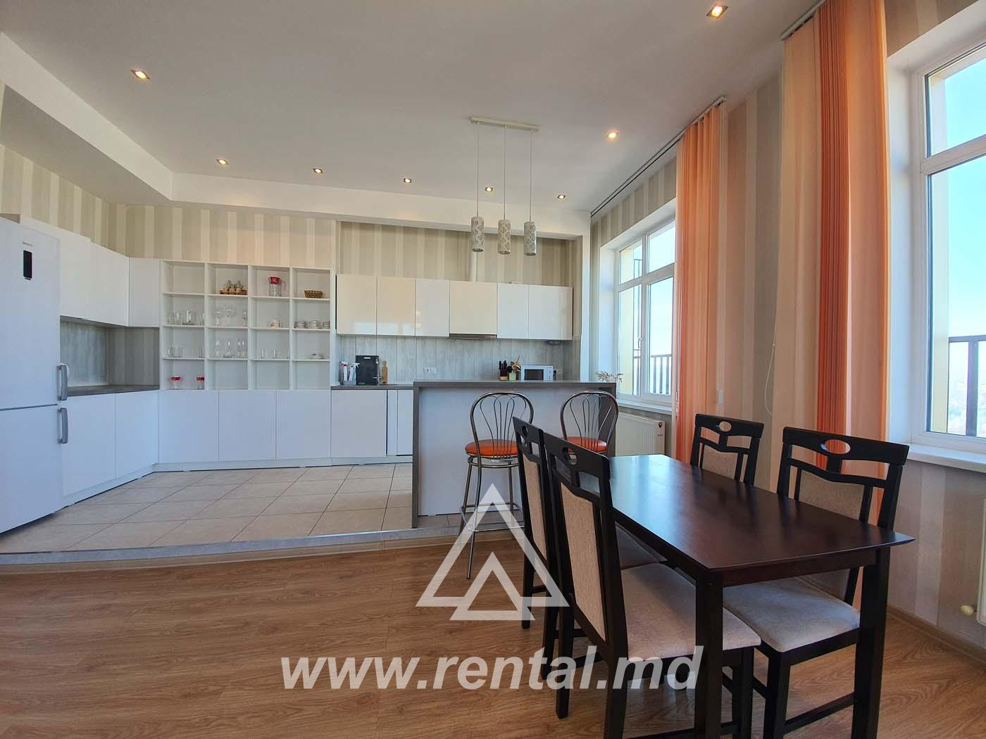 3 rooms apartment for rent in Chisinau center