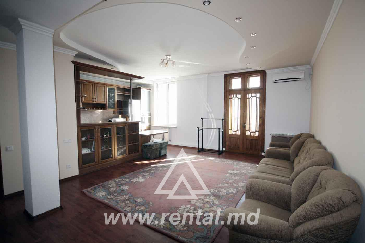 Apartment for sale in Chisinau Center