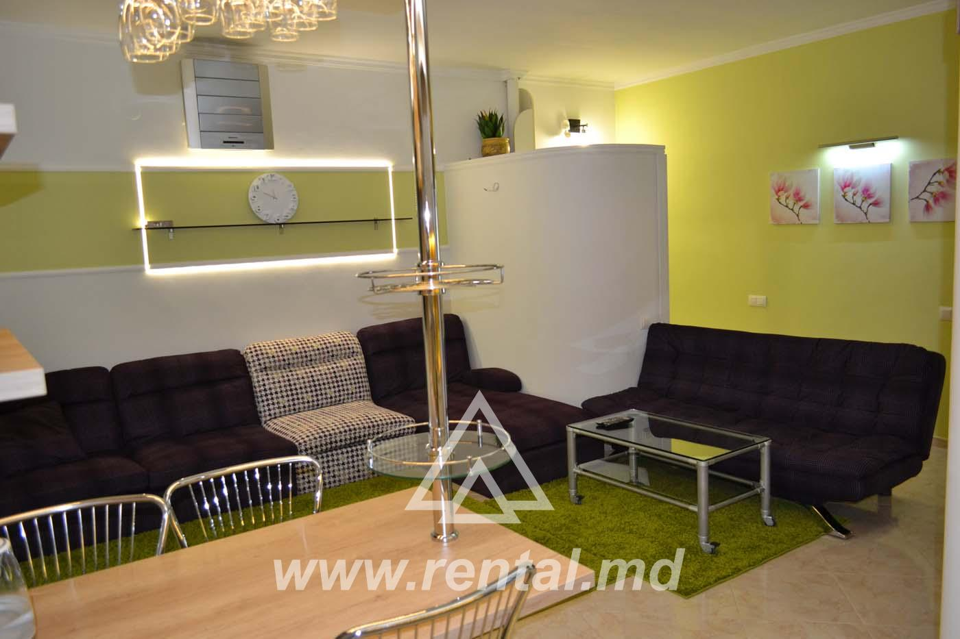 3 rooms apartment on Stefan cel Mare boulevard