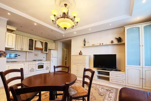 Cozy apartment for rent on Bucuresti Street
