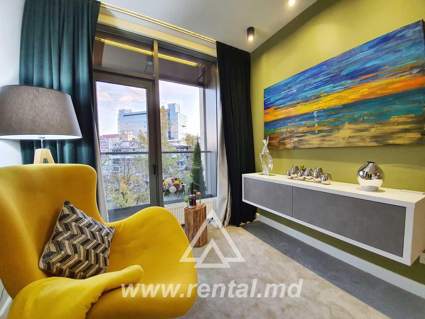 VIP apartment for rent in Crown Plaza Park