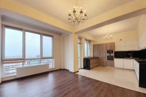 Spacious apartment in the center of Chisinau
