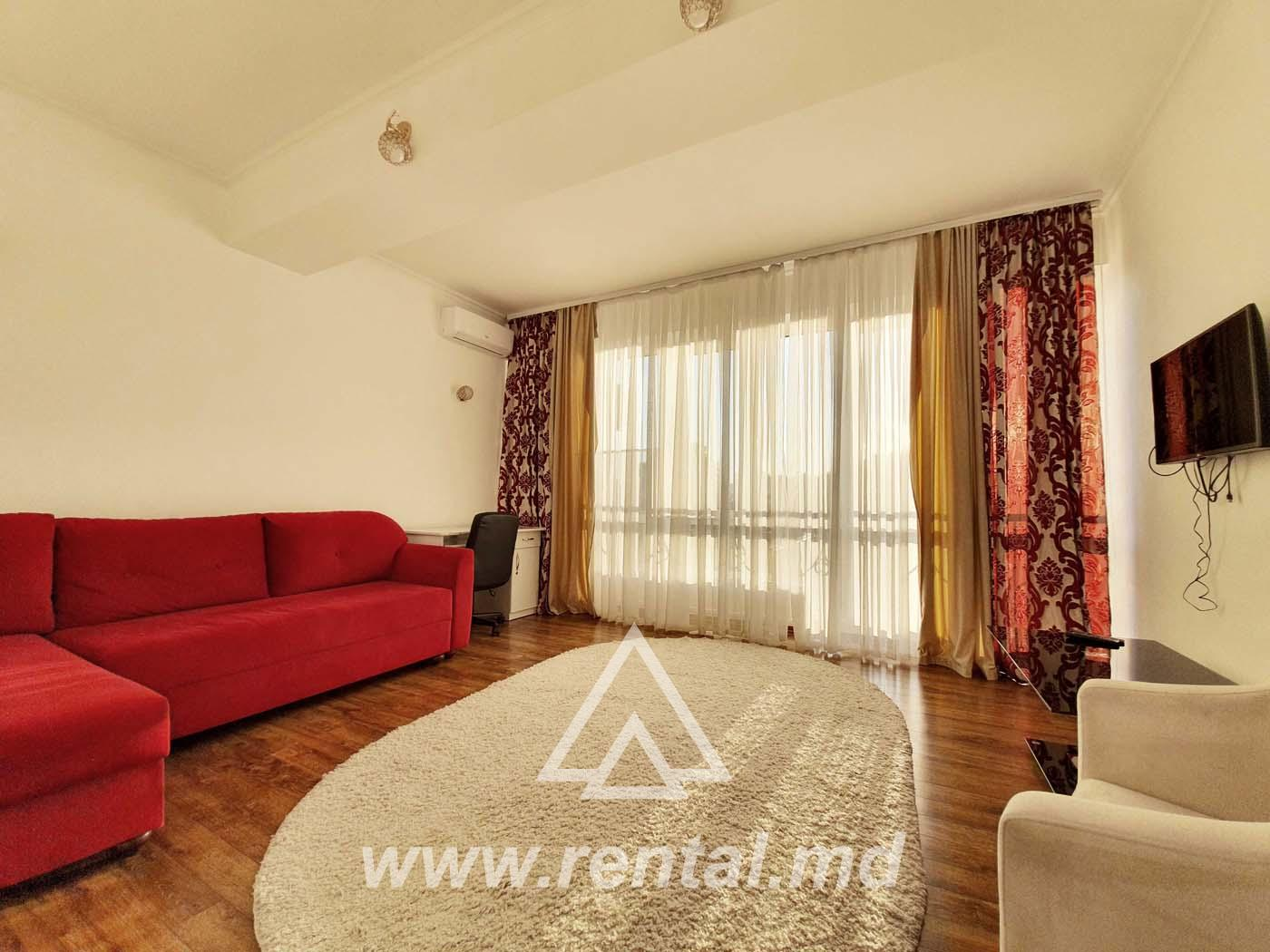 Short term apartment in Chisinau on Ismail Street