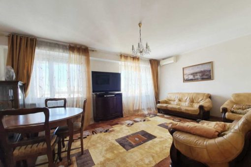 Central apartment for rent on Eminescu street
