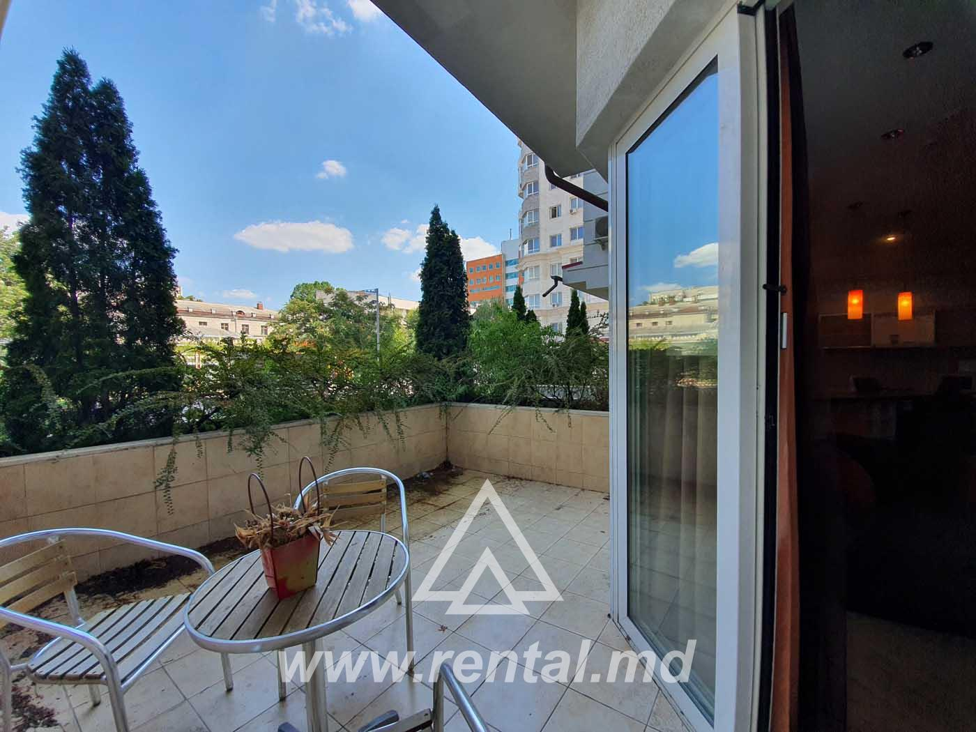 Apartment with terrace for rent at Crown Plaza Chisinau