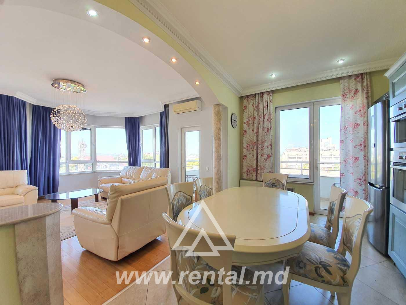 Spacious apartment for rent in Crown Plaza Complex