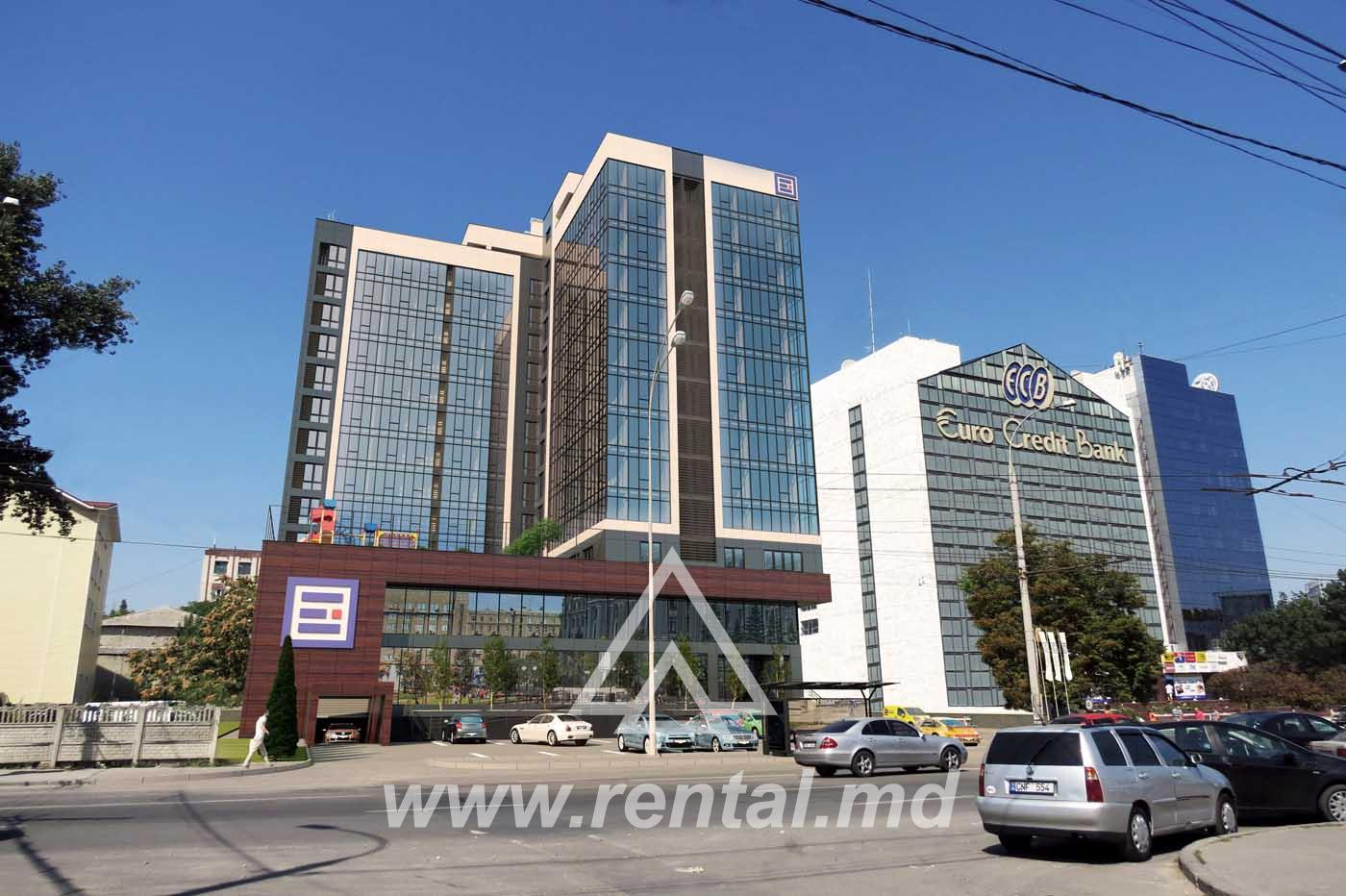 Office in Chisinau center for rent